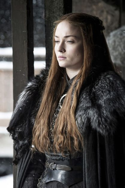 sansa-stark-has-to-deal-with-more-power-1000278